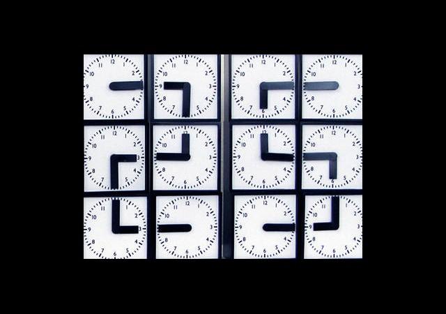 Saat Değil Sanat Eseri