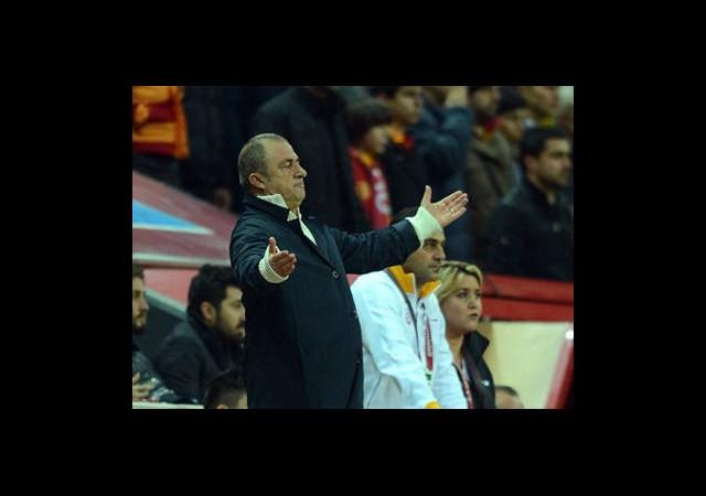Galatasaray'da Terim Alarmı
