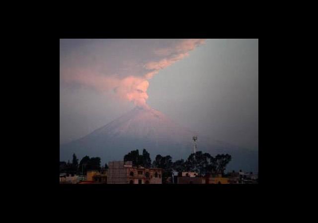 Popocatepetl Yanardağı Faaliyete Geçti