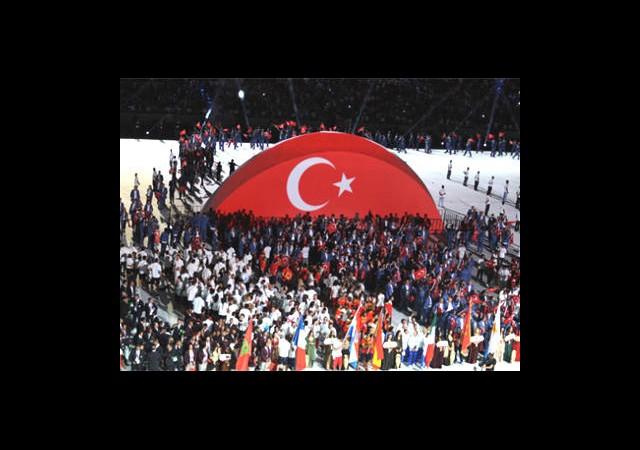 Mersin'de Görkemli Açılış!