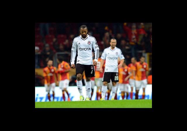 Beşiktaş Derbilerde Sevinemiyor