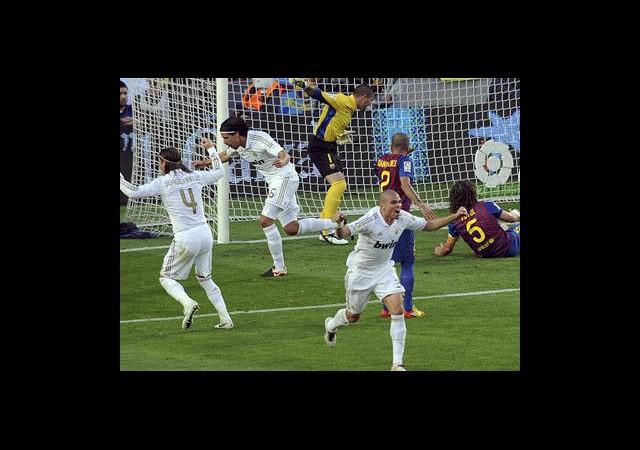 La Liga'da Lider Tökezledi