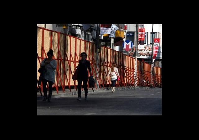 'Taksim'de Kutlama, Esnafta Ciro Yok'