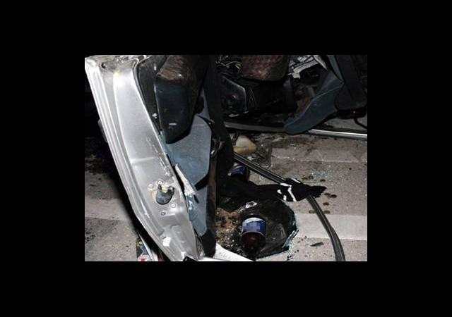 Polisten Kaçan Otomobil Takla Attı: 5 Yaralı