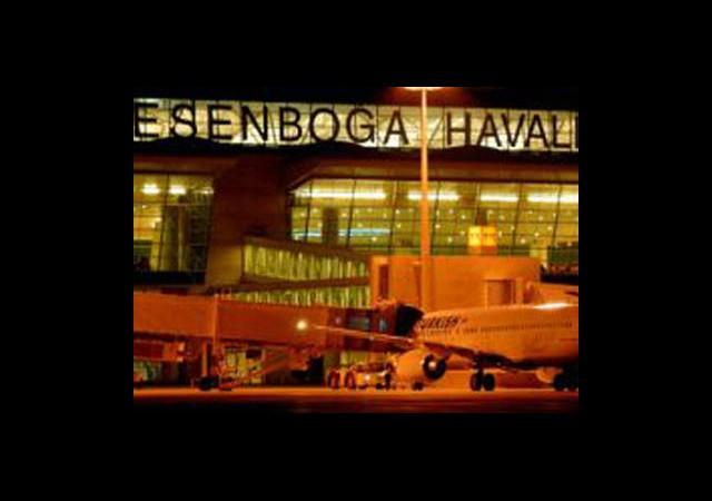 Ankara Esenboğa Havalimanı'nda Yangın!