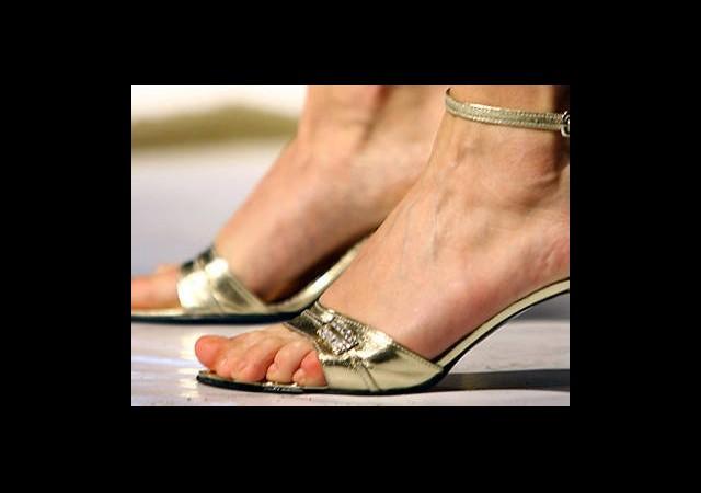 İşte ayak düşmanı ayakkabılar