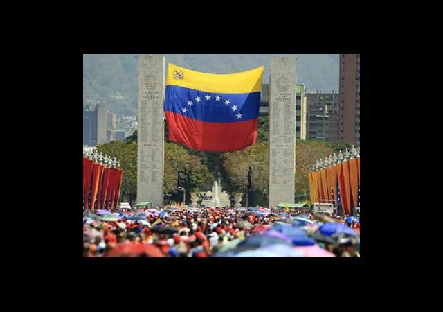 Hugo Chavez'in Cenazesi Törenle Toprağa Verilecek
