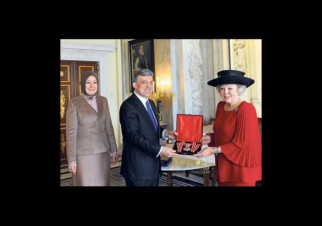 Cumhurbaşkanı Gül'e 'Hollanda Aslanı' Nişanı