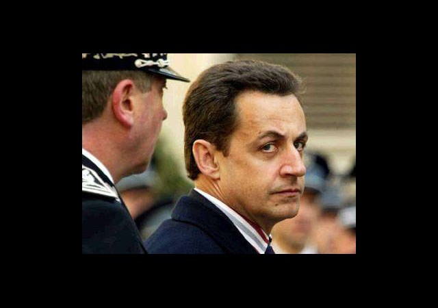 Sarkozy'ye 'Endişeliyiz' Mektubu