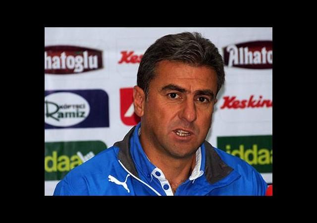 Hamzaoğlu: Transfer düşünüyoruz
