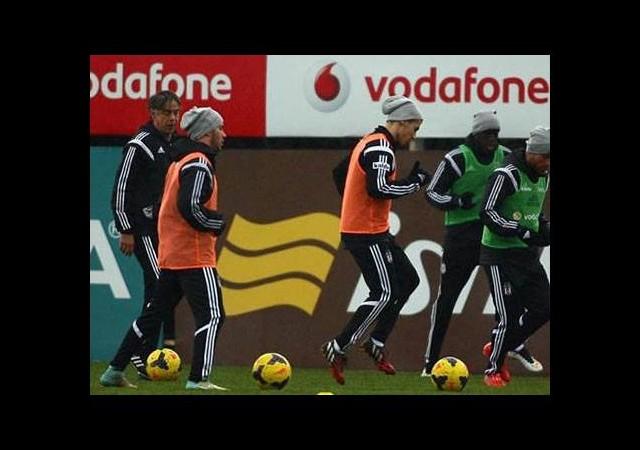 Beşiktaş'ta savunma krizi!