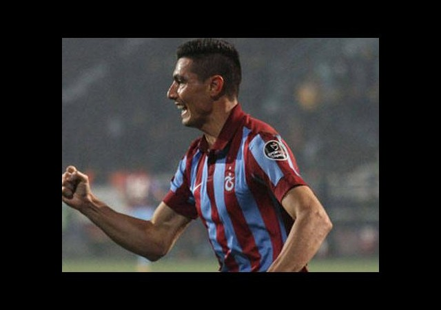 Trabzonspor, Cardozo ile coştu!
