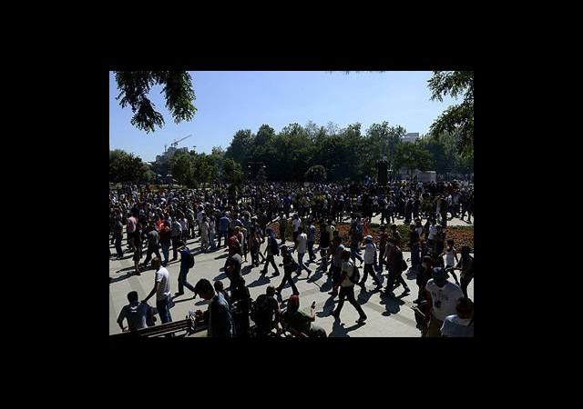 Eylemciler Taksim'de Toplandı