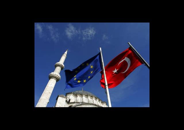 AB 'Türkiye İlerleme Raporu'nu Açıkladı
