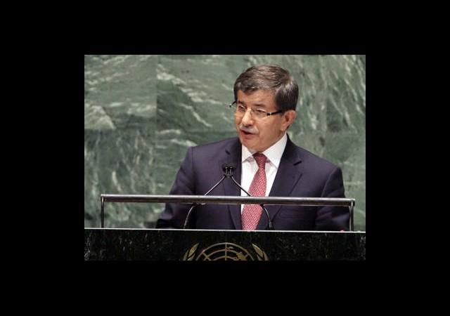 Davutoğlu'dan İran'a Patriot Tepkisi