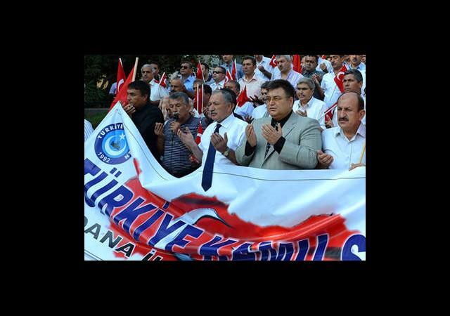Adana'da Terör Protestosu