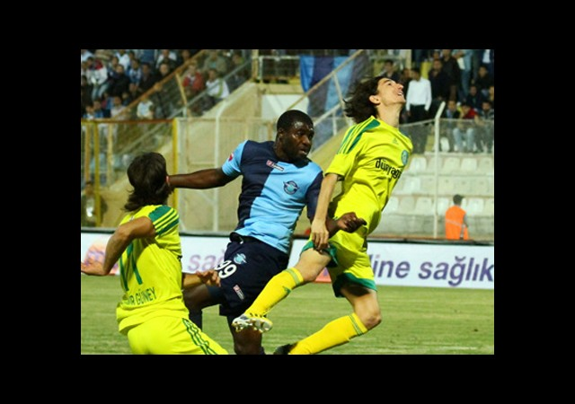 Adana'da 4 Gol 1'er Puan