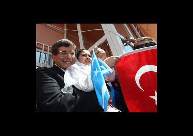 'Davutoğlunu Tutuklama Hakkımız Var!'