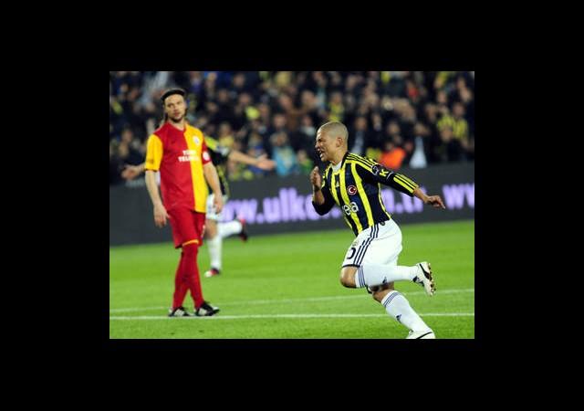 Fenerbahçe'de Alex Bilmecesi