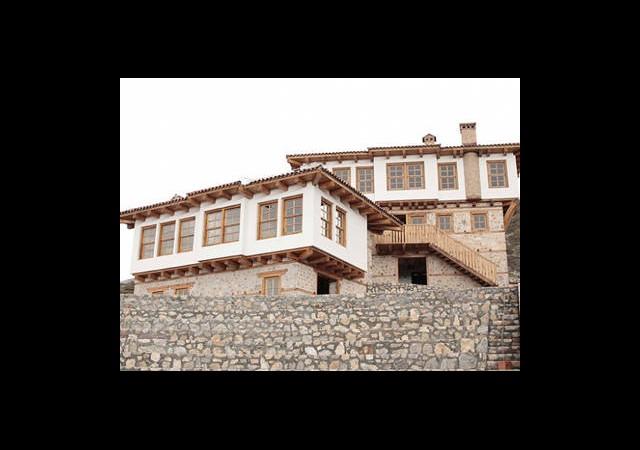 Atatürk'ün ''Baba Evi'' Yeniden İnşa Ediliyor