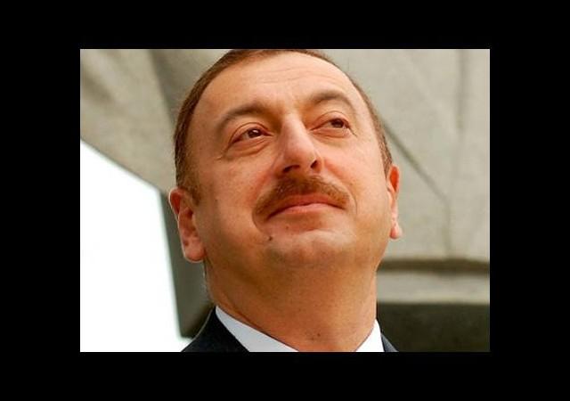 Azerbaycan Cumhurbaşkanı Aliyev Atina'da