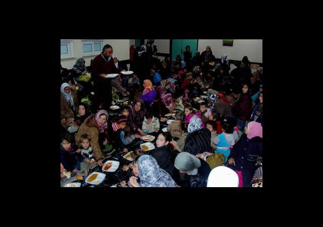 Acil Servis Suriyelilerle Doldu
