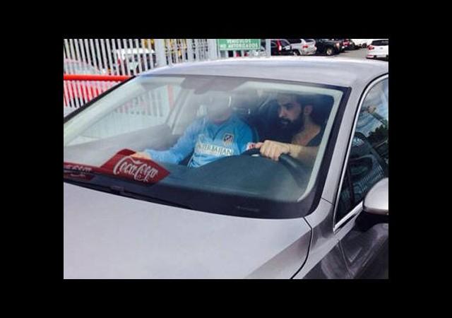 Atletico Madrid'de Arda Turan şoku! Hastaneye kaldırıldı...