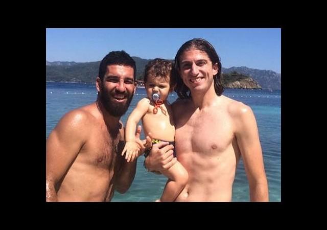 Filipe Luis tatil için Türkiye'de
