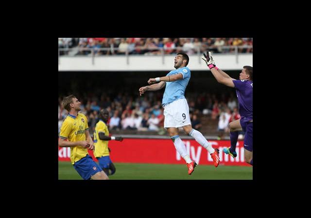 Arsenal City'ye Acımadı!