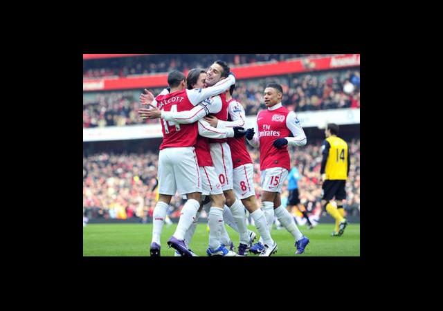 Arsenal şampiyonlar Ligi Biletini Aldı