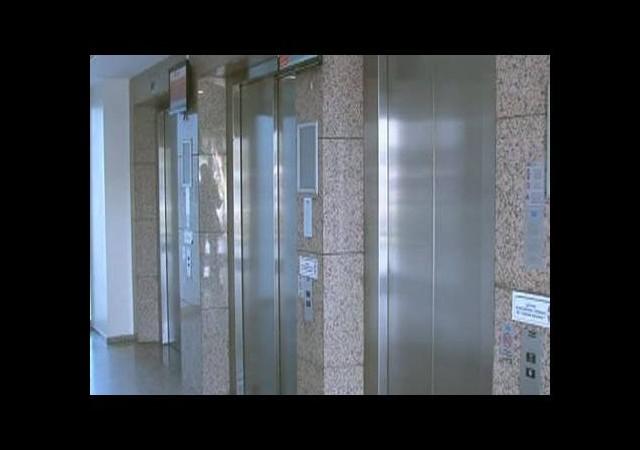 Asansör yasağını vatandaş sevdi