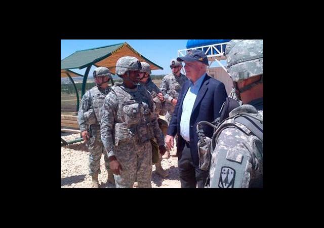 ABD'li Senatörden Sürpriz Suriye Ziyareti