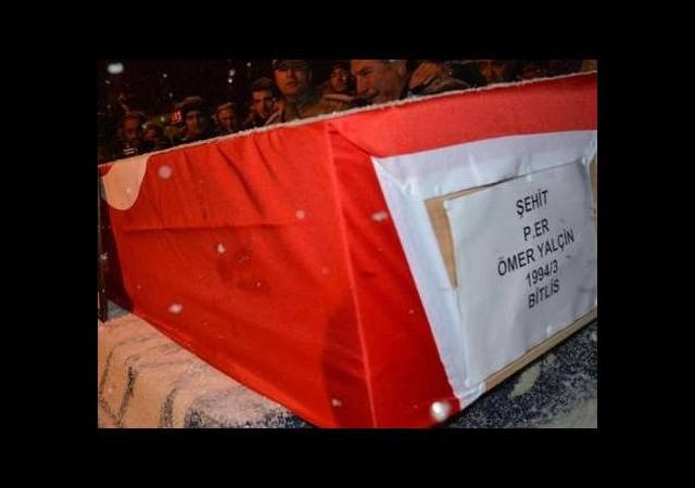 Askerlerin silahlı şakası ölümle son buldu