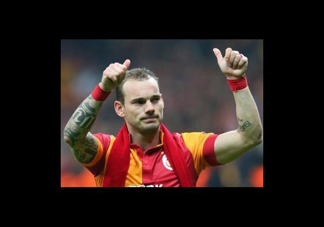 10 Numara Sneijder