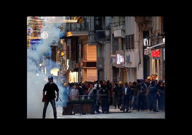 AKP'nin Oy Oranı Dış Basında!