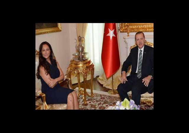Başbakan Hülya Avşar'la görüştü