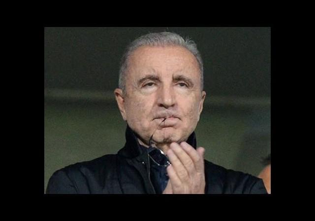 Aysal: 'Hiç çekinmem futbol takımını da...'