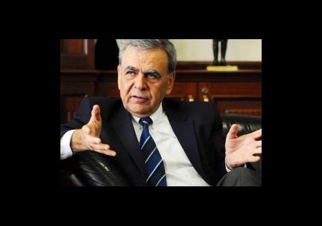 AK Parti'ye Geçiyor Mu?