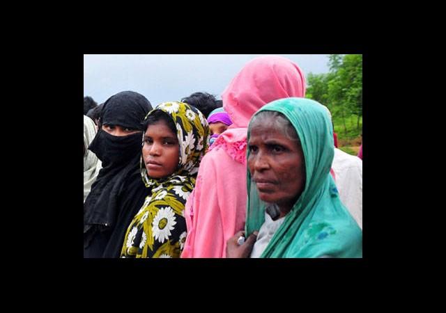 500 Bin Müslüman Şiddetten Kaçtı