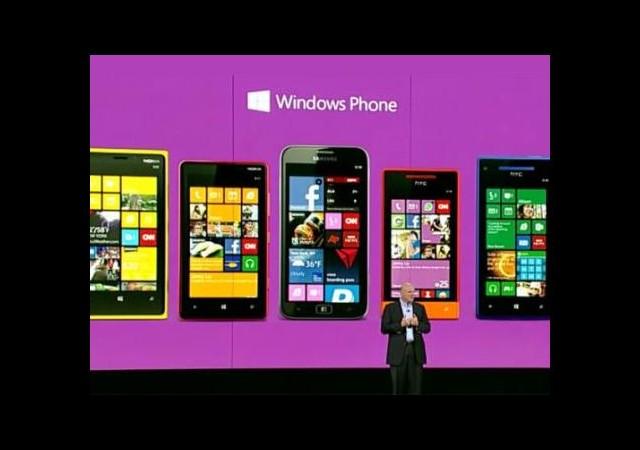 Microsoft, Samsung'a Telefon Yaptırmayı Planlıyor