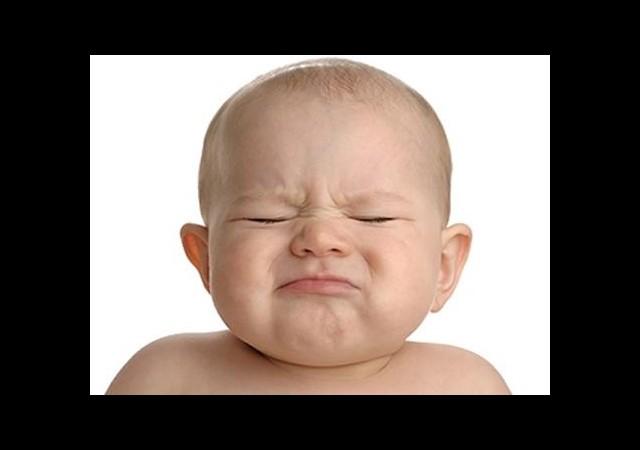 Bebekteki inatçı ağlamanın nedeni ne?