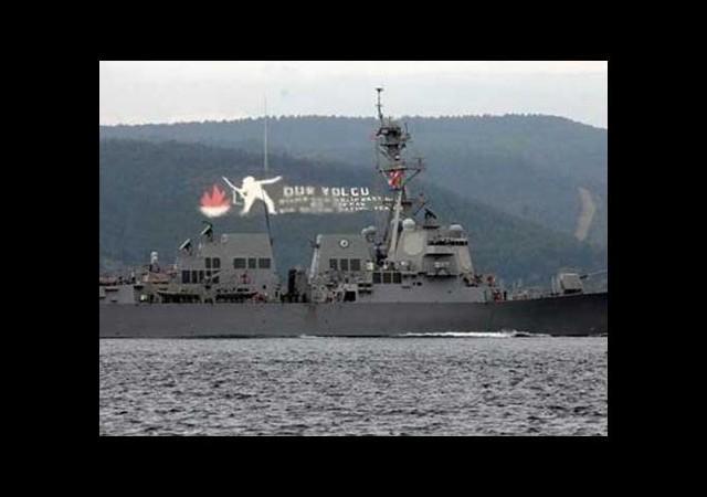 ABD Savaş Gemisi, Çanakkale Boğazı'ndan Geçti