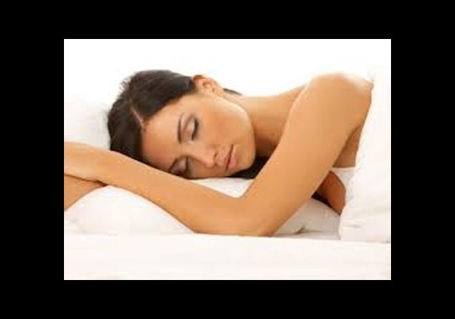 Yanlış pozisyonda uyumak boyu kısaltıyor!