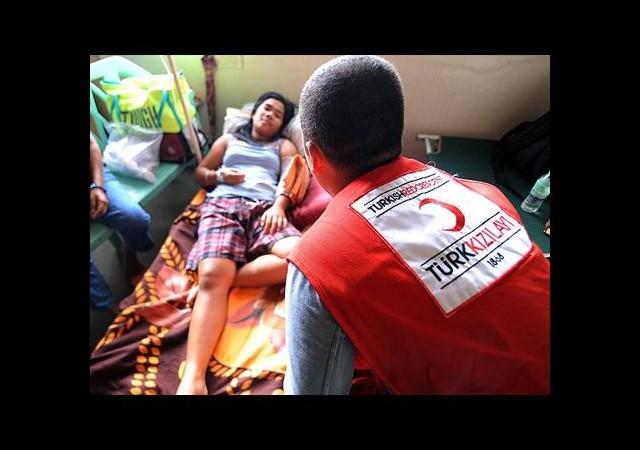 Kızılay'dan Filipinler'deki Hastanelere Destek