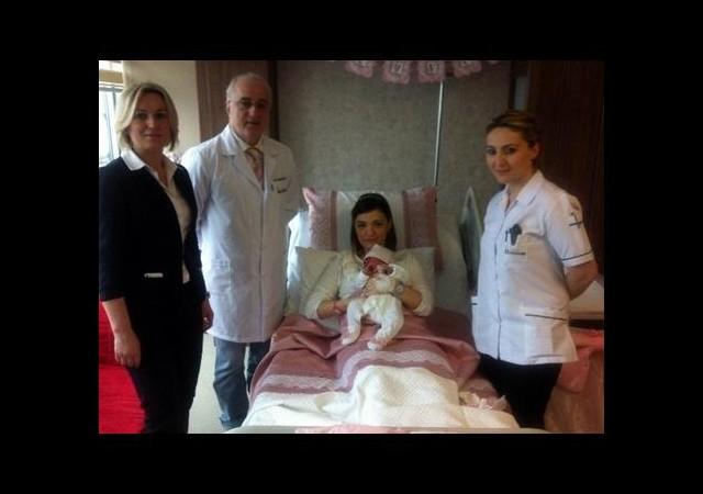 Yeni doğan bebek doktorları şoke etti