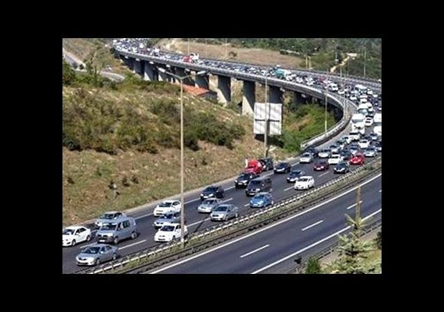 TEM otoyolu trafiğe kapatılacak!