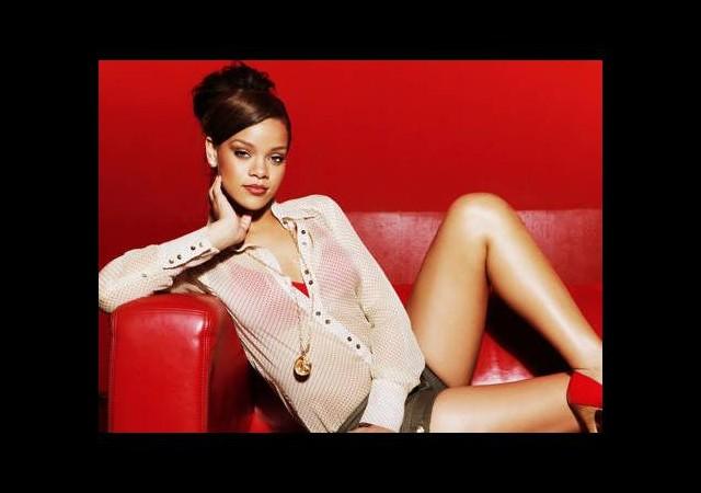 Rihanna'dan Ronaldo tweet'i!