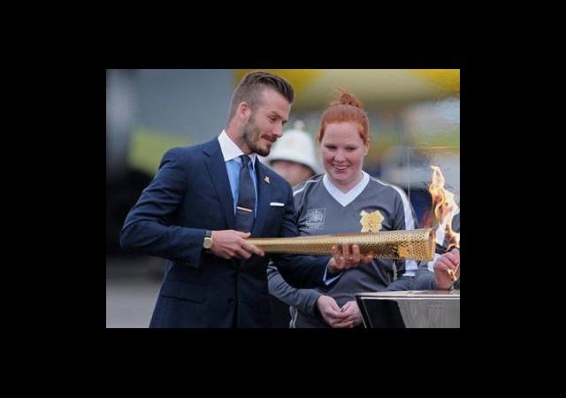 Meşale Beckham'la İngiltere Turunda