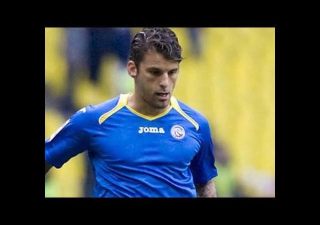 Yıldız futbolcu 29 yaşında futbolu bıraktı!
