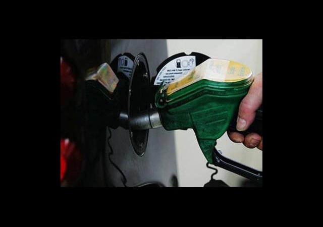 Vatandaşı Benzin Korkusu Sardı!